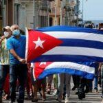 """""""¿Por qué estallaron las protestas en Cuba?"""" por Carmelo Mesa-Lago"""